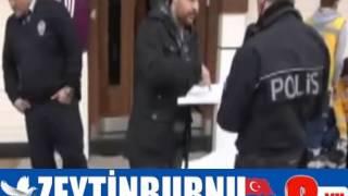 Telsiz'de sokak ortasında infaz