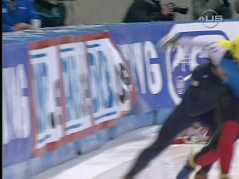 Speed Skater Konopko crashes hard from Universal Sports