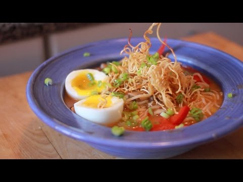 The 15 Minute Dinner Series – Asian Noodle Soup – tahubaksogoreng