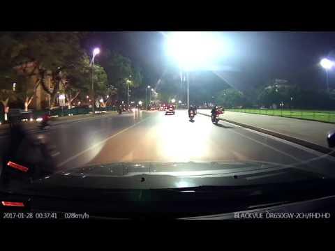 camera hành trình Hàn Quốc Blackvue quay đêm