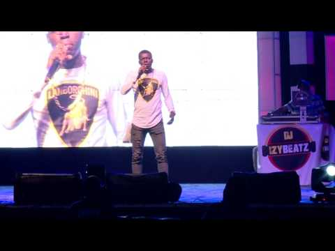 COMEDIAN AKPORORO LASHES OUT AT UNMARRIED COMEDIAN FT MC SHAKARA, FUNNY BONE.