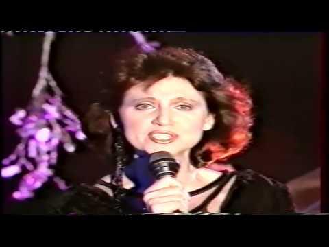 Tekst piosenki Halina Frąckowiak - Ocen niespokojny po polsku