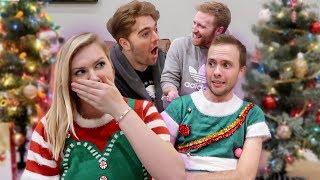 Video CHRISTMAS TREE DECORATING CHALLENGE MP3, 3GP, MP4, WEBM, AVI, FLV Desember 2018