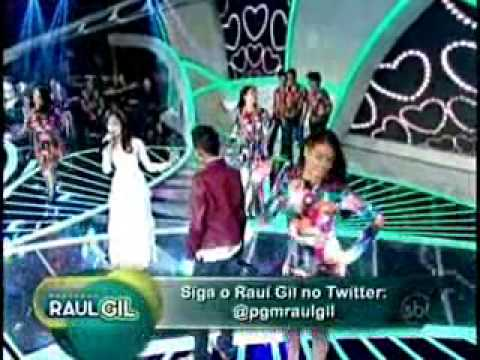 Jotta A. está namorando neta de Raul Gil ??? Raquel canta para ele. Jotta A.