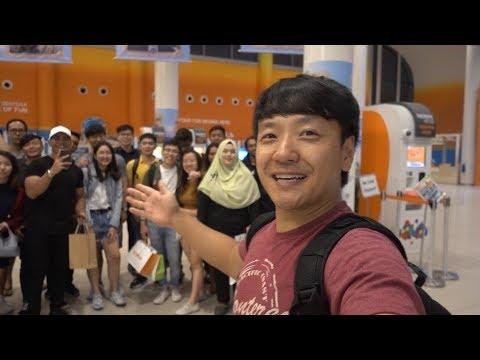 Island Hotel & Fan MEET-UP in Singapore