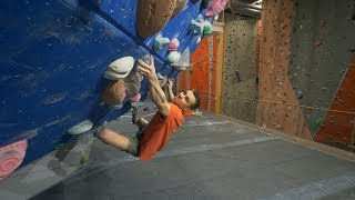 Oskar Keeps Fighting - 2xV10 - Thors Secret Is Back by Eric Karlsson Bouldering