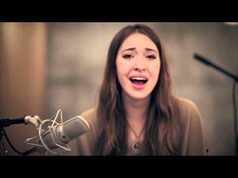 Thou - Lauren Daigle's acoustic performance of