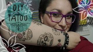 Ciao fantastici! Vi piacciono i tatuaggi? Quelli che vedrete in questo video sono fatti in casa: FACILI, ECONOMICI ma soprattutto INDOLORI!In questo diy facciamo una manica tatuata che simula i tatuaggi veri ma senza usare aghi! Facilissima da realizzare e di grande effetto. Sembrerete tatuati e potrete decidere voi il design che più vi piace.Sono perfetti per Carnevale, Halloween, feste a tema. Ma anche per uno spettacolo teatrale o qualsiasi occasione in cui vi serva un travestimento ROCK AND ROLL.