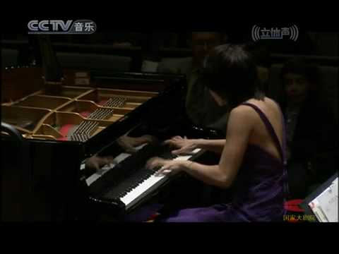 wang - Yuja Wang performs Cziffra's Polka after Rachmaninov Piano Concerto n.2.