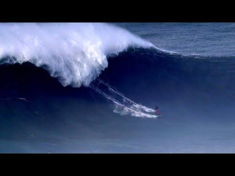 Surf-Unfall mit zwei Verletzten bei Wettbewerb in Por ...