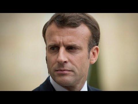 Θύμα δύο Ρώσων φαρσέρ έπεσε ο πρόεδρος της Γαλλίας Εμανουέλ Μακρόν…