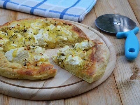 pizza soffice con gorgonzola, ricotta e patate - ricetta