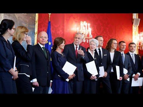 Österreich: 6 Frauen, 6 Männer - Expertenregierung in Wien vereidigt