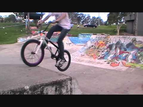 The Mysterious Albany Creek skatepark.