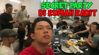 Video SECRET PARTY DI RUMAH RADIT MP3, 3GP, MP4, WEBM, AVI, FLV Oktober 2017