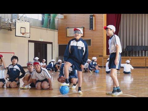 内原小でブラインドサッカー体験教室