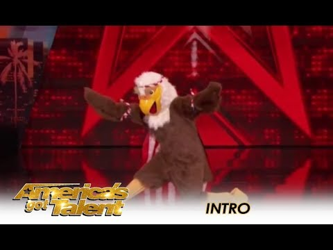 Tyra Banks SURPRISES The Judges In AGT Intro!   America's Got Talent 2018