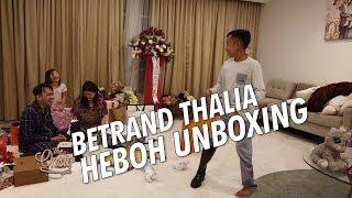 Video The Onsu Family - BETRAND THALIA HEBOH UNBOXING !! MP3, 3GP, MP4, WEBM, AVI, FLV Agustus 2019