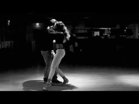 Kizomba - https://www.facebook.com/isabelle.felicien.kizomba/ Music : Asty - Curti ma mi Follow us on Facebook : Félicien Rossa Isabelle Périac Our FB group : https://...