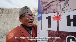 Bang Jhony Kapluk dan Nek Mando Tabrak Baliho TRH