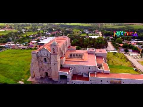 Templo y Ex-convento en Yanhuitlan (Aerial)
