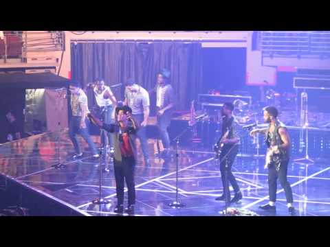 "Bruno Mars – ""If I Knew/Runaway Baby"" Live at Verizon Arena 2014"