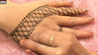 Net Check Easy Simple Design For Upper sideStylish Egyptian Henna Mehendi TattooClick For Best Mehndi CONES http://amzn.to/2bTRcqaLIKE My FB http://www.facebook.com/MehndiArtisticaMehndi Book http://amzn.to/2bTRcqaClick For Indian Bridal Saree/Wedding Sarees : http://goo.gl/CWw20Mehndi, the ancient art of painting on the skin with henna, beautifies the body, rejuvenates the spirit, and celebrates the joys of creativity and self-expression :)