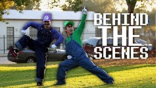 So here's a behind the scenes look at the Waluigi vs. Luigi shoot with the EMC Monkeys. www.youtube.com/emcrevolution. Also HUGE thanks to Nathan Koepp who put this entire behind the scenes video together. Leave us feedback in the comments! I want to do more of these BTS videos now that I actually have help. You can follow Nathan at twitter.com/onesockfilms