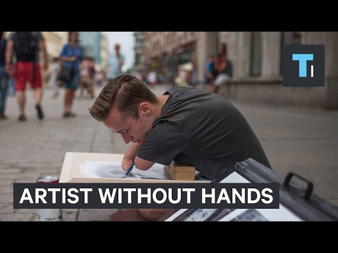 Incredible Hyperrealistic Art Created Without Hands