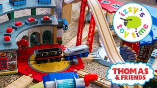 Video Thomas and Friends | Thomas Train Tidmouth Engine Shed with Brio KidKraft | Fun Toy Trains for Kids MP3, 3GP, MP4, WEBM, AVI, FLV Mei 2017