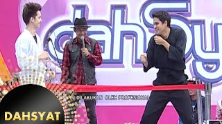 Video Boy vs Candra adu bela diri di ring Dahsyat [Dahsyat] [18 Des 2015] MP3, 3GP, MP4, WEBM, AVI, FLV Februari 2018