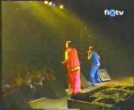 MC Hawer és Tekknő: Bye, bye lány (live)