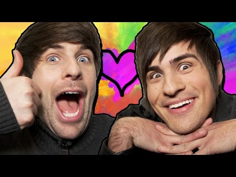 smosh - Smosh Headed To Big Screen Subscribe Now! ▻ http://bit.ly/SubClevverMovies Good news for those of you who have been wanting to see SMOSH's Anthony & Ian up close, in super HD, and as large...
