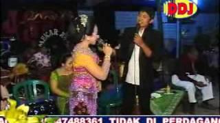Video Sakit Rindu - Wiwied feat Harris K.mp4 MP3, 3GP, MP4, WEBM, AVI, FLV Juli 2018