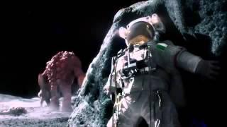 Monstruo en la luna mata astronautas   Uno se salva pero un pedo lo delata   Comercial de alubias