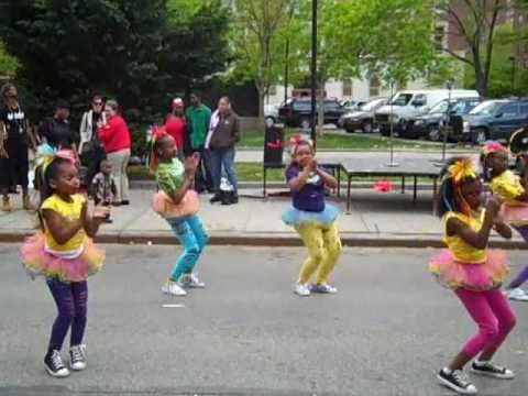 Beyonce-Let's Move!! move your body video with stajettes! stajonline!!