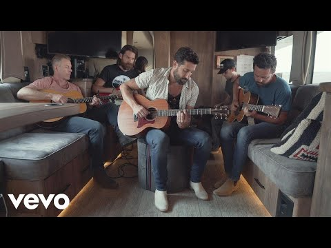 Video Old Dominion - Written in the Sand (Acoustic) download in MP3, 3GP, MP4, WEBM, AVI, FLV January 2017