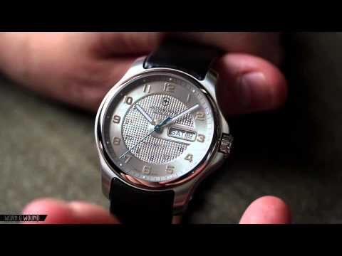 VICTORINOX OFFICERS DAY DATE REVIEW