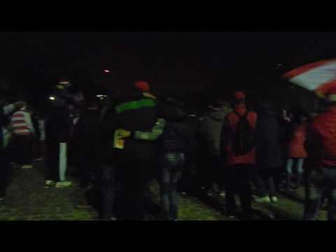 los andes hinchada en la plaza libertad parte 2 - La Banda Descontrolada - Los Andes