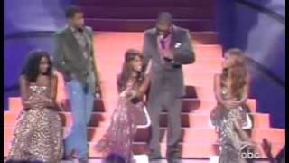 Usher&Babyface Pay Tribute To Destiny's Child At The 2005 World Music Awards