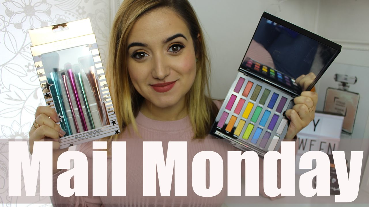 Mail Monday // Eyeshadow Palettes & More!! | A Little Obsessed #vlogtober