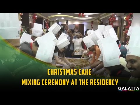 Christmas-Cake-Mixing-Ceremony-at-The-Residency