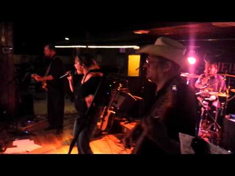 Shake it Off.   Sheila Greenland Band.  Pla Mor