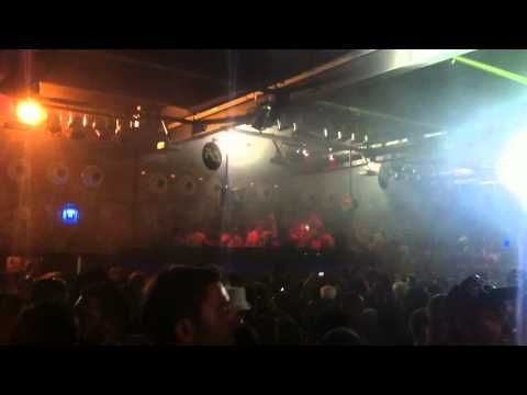 "Joris Voorn Plays ""Music Sounds Better With You"" @ Space Ibiza"