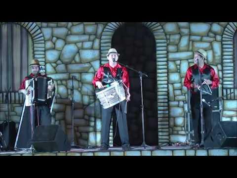 Trio de forró Os Anselmos - Terceiro lugar do Arretado Star 2016