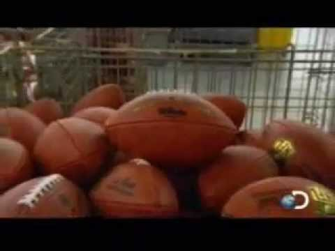 Como se hace un balón de Futbol Americano…