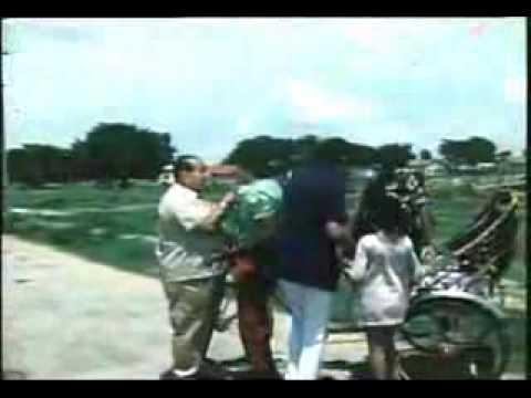 Bollywood Movie Song on Cycle Rickshaw from Movie Kunwara Baap (1974) : Mein Hoo Ghora Yeh Hai Gadi