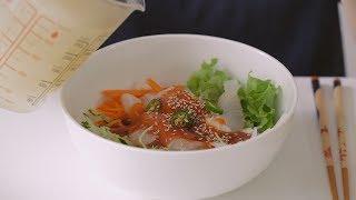 오늘의 메뉴는 물회입니다.얼마전 TV에 간단하게 만드는 방법이 나오길래 한번 따라해봤어요.정말 쉽고 너무 맛있어요! 최고최고! 회만 저렴하면 자주 해먹을 것 같아요!회와 야채를 어느정도 먹은 후, 소면이나 밥을 넣어 말아먹으면 더더 맛있어요.Today's menu is mulhoe. Mulhoe is cold raw fish soup made with raw fish, vegetables and spicy cold soup.Recently I saw this recipe on TV. So I tried it!This recipe is really easy and delicious. I could eat it often if raw fish were cheaper.Eat some of the raw fish and vegetables, then add and mix noodles or rice. It's so good!If you like it, please click 'Like' and Subscribe. http://bit.ly/1DnVQs7* Ingredients회, 오이, 당근, 양배추, 배, 상추, 고추, 초고추장, 참깨, 냉면육수 (재료는 먹을 만큼만 준비해주세요)Raw fish, 1/2 cucumber, 1/2 carrot, 1/8 cabbage, 1/2 pear, lettuce, pepper (or as much as you like)cho-gochujang(red pepper paste with vinegar), sesame seeds, frozen Korean cold noodle broth * Recipe1. 준비한 채소를 곱게 채썰어줍니다.1. Thinly slice all of the vegetables.2. 그릇에 채소, 회, 초고추장, 참깨를 순서대로 담아줍니다.2. In a bowl, place vegetables, raw fish, cho-gochujang(red pepper paste with vinegar) and sesame seeds in the order.3. 냉동실에 얼려두었던 냉면육수를 부어 완성합니다. 재료들을 잘 섞은 후 드세요!3. Pour frozen Korean cold noodle broth. Mix them and enjoy!* Music - Memory accordion LY (음원제공: 모두컴)* 꿀키의 맛있는 테이블YOUTUBE http://bit.ly/1DnVQs7TWITTER @honeykkicookINSTAGRAM @honey_kkiE-MAIL andrabbit@naver.comBLOG  http://honeykki.com이 영상의 다운로드 및 2차 편집을 금지합니다.