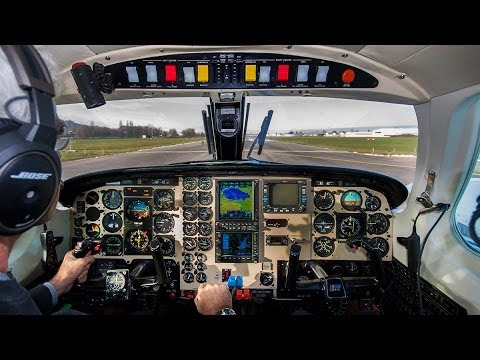 Piper Cheyenne II - ATC, Start Up, Take Off, Cockpit, Cabin Full HD