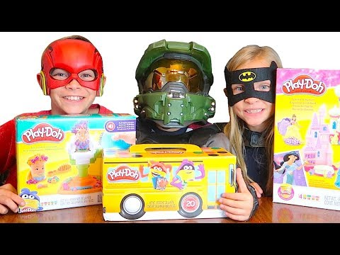 Play doh - HALLOWEEN PLAY-DOH CHALLENGE + Play-Doh Set Giveaway!